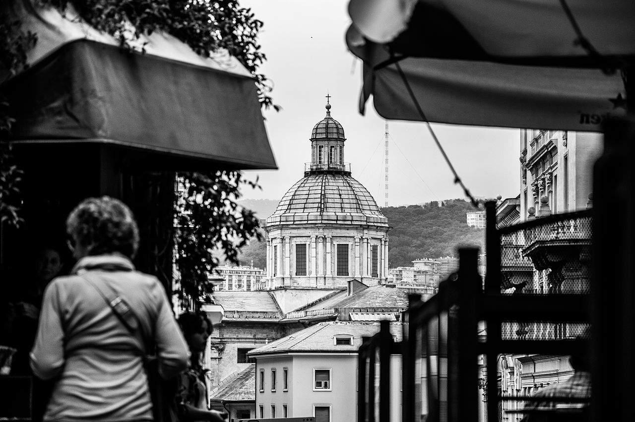 Stefano Soresina - Cattedrale_di_San_Lorenzo,_scorcio_da_Porta_Soprana